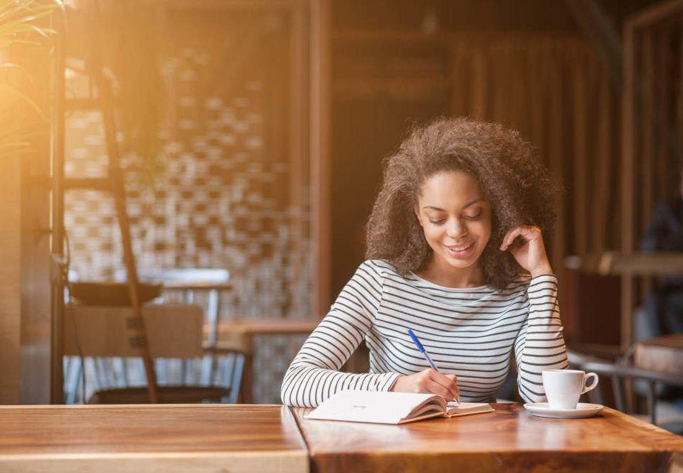 Drei Fragen für mehr Achtsamkeit am Arbeitsplatz