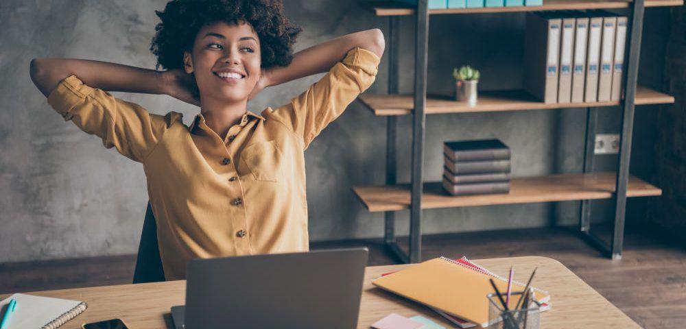 Ordnung am Schreibtisch halten: Tipps & Tricks