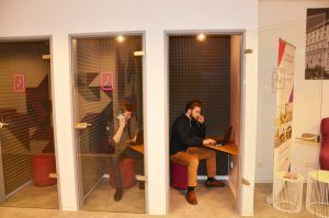 Telefonboxen bieten Privatsphäre