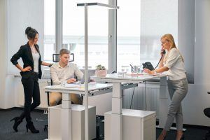 Wenn die Nachteile im Großraumbüro überwiegen, lohnt sich ein Einzel- oder Doppelbüro